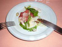 ピットーレ 牛肉のカルパッチョ