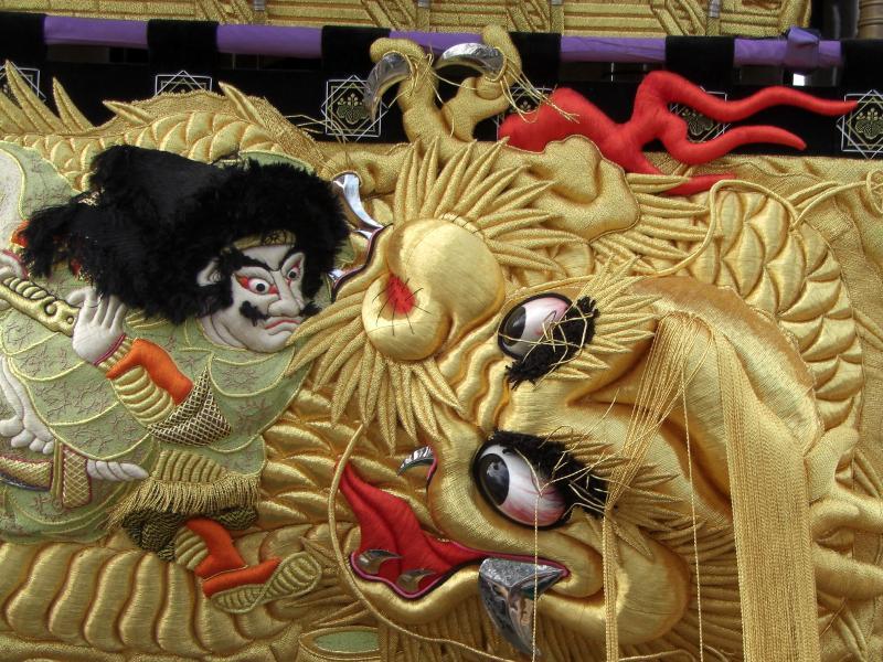 西条祭り 上本郷太鼓台 高欄幕は素戔嗚尊八頭大蛇退治