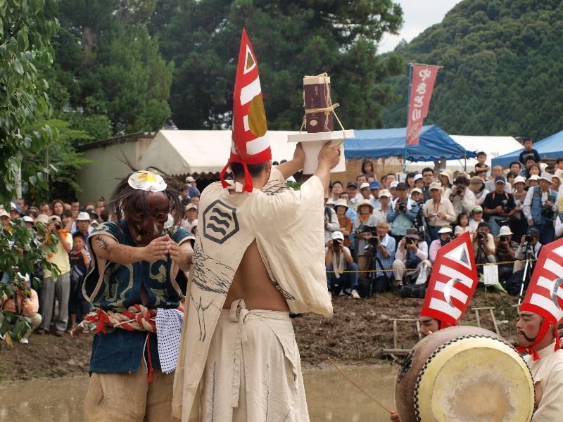 どろんこ祭り 城川町 さんばい降し