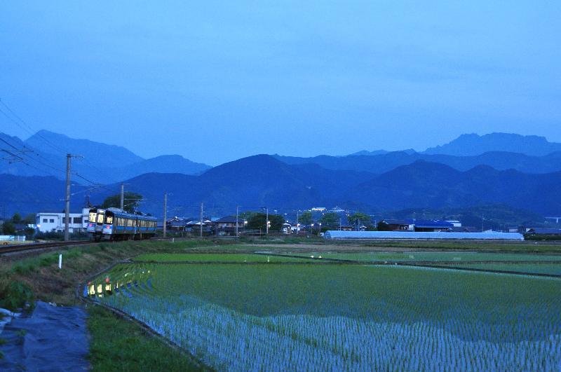 西条市石田 電車風景