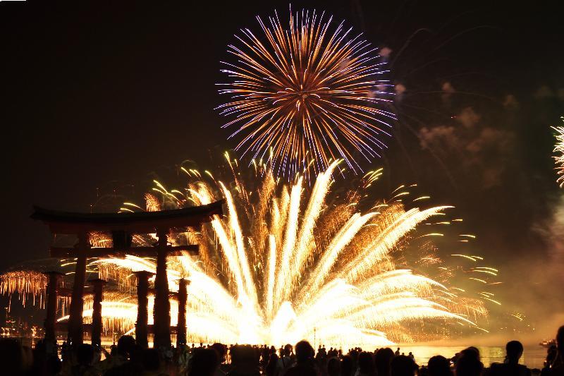 宮島水中花火大会 2010年8月14日