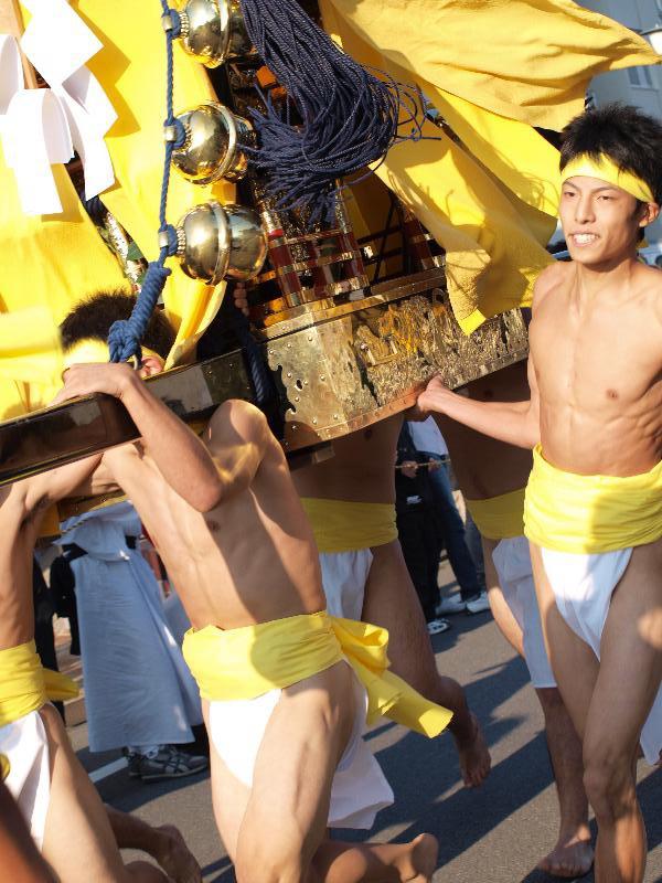 松山市秋祭り 勝岡八幡神社 一体走り