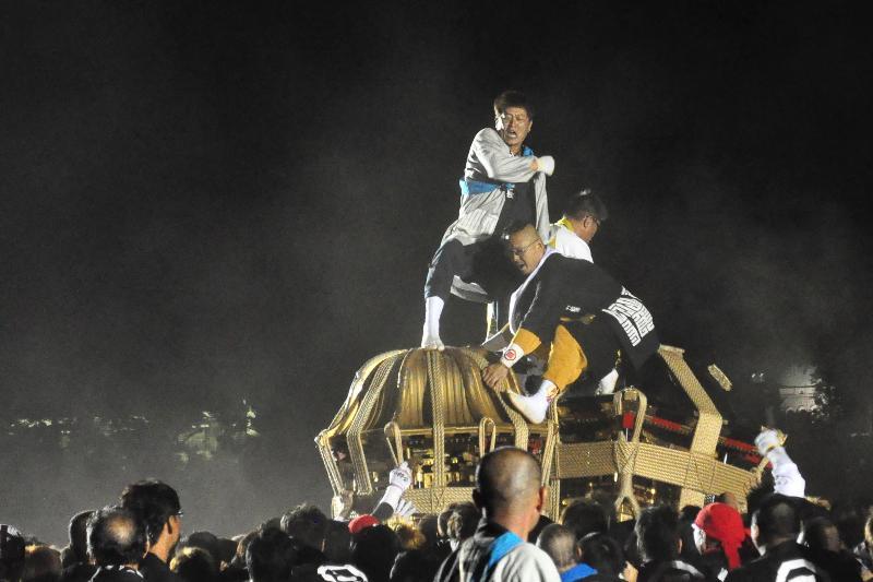 松山秋祭り 四角さん・八角さん 鉢合わせ