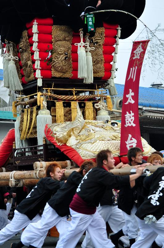川之江秋祭り JAうま駐車場 太鼓台の入場