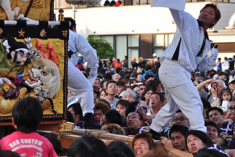 新居浜太鼓祭り 工場前かきくらべ 口屋太鼓台