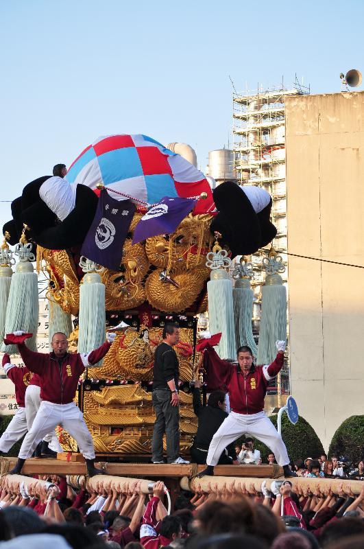 新居浜太鼓祭り 工場前かきくらべ 中須賀太鼓台