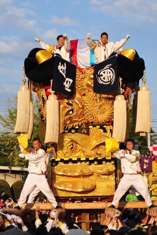 新居浜太鼓祭り 工場前かきくらべ 庄内太鼓台