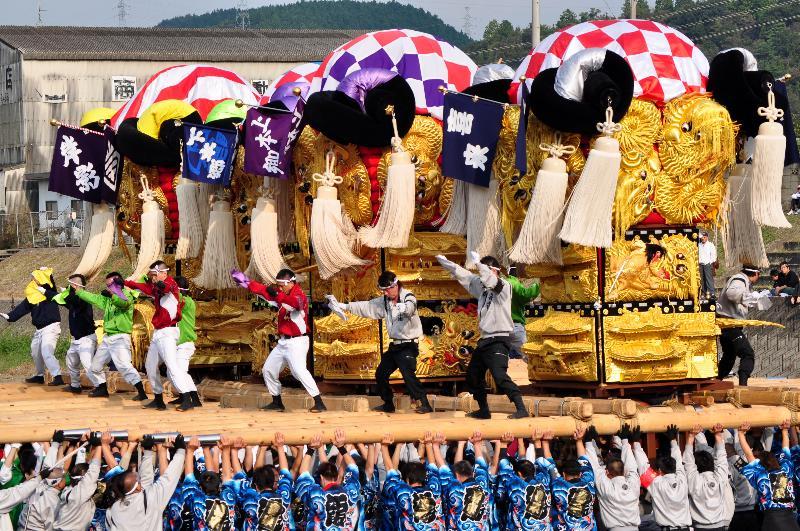 西条祭り 飯積神社祭礼 渦井河原かきくらべ