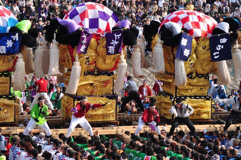 西条祭り 飯積神社祭礼 渦井川原かきくらべ