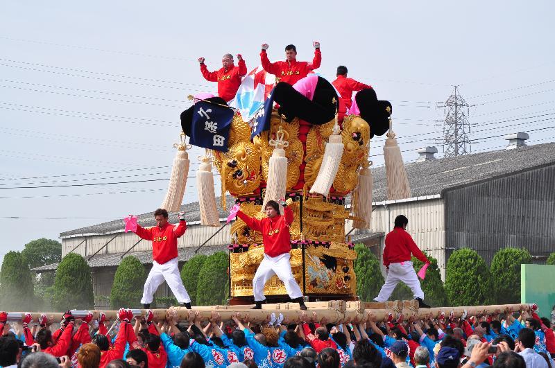 新居浜太鼓祭り 大江浜かきくらべ 久保田太鼓台