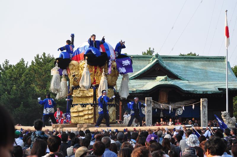 新居浜太鼓祭り 八旗神社かきくらべ 東雲太鼓台
