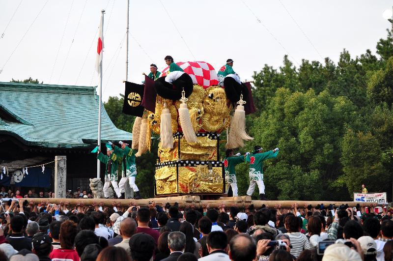 新居浜太鼓祭り 八旗神社かきくらべ 浮嶋太鼓台