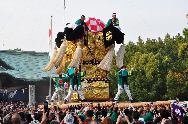 新居浜太鼓祭り 八旗神社かきくらべ 浮島太鼓台