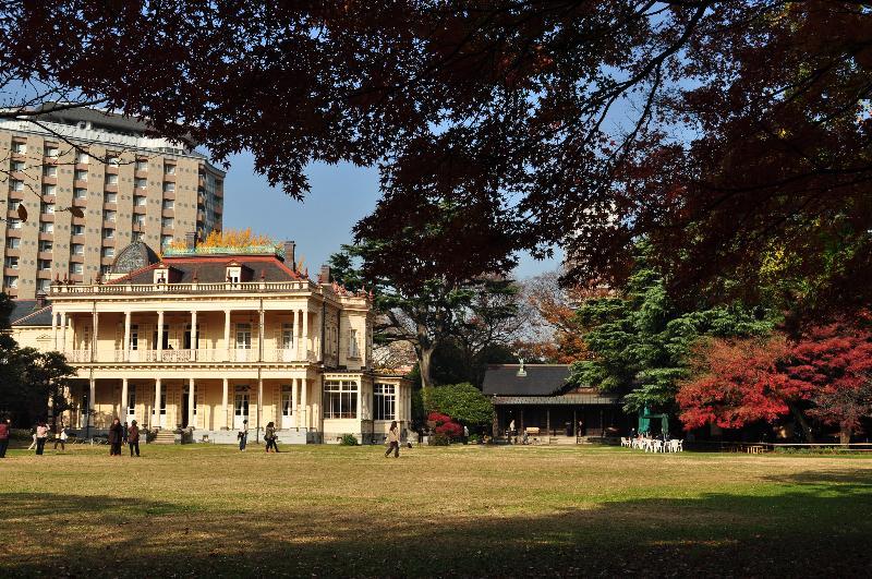 台東区池之端  旧岩崎邸庭園  庭園と洋館