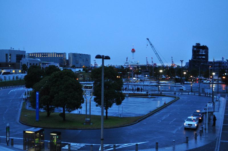 東京テレポート 早朝の風景
