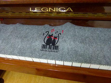 piano2_20111109163300.jpg