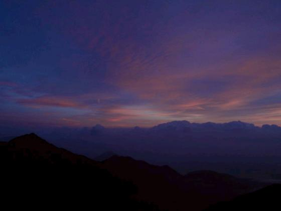 三ノ沢岳のシルエット