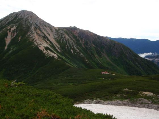 38鷲羽岳と三俣山荘