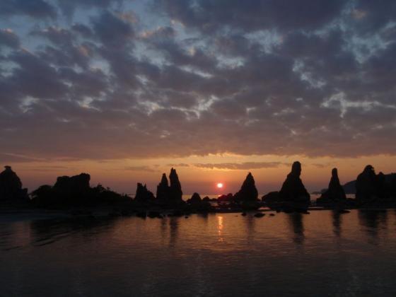 20 橋杭岩の日の出2