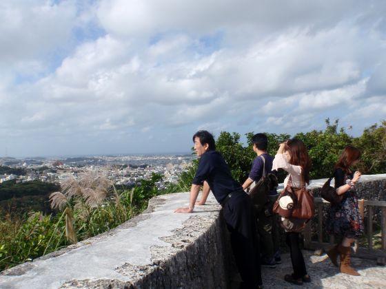 37 展望台から那覇の街