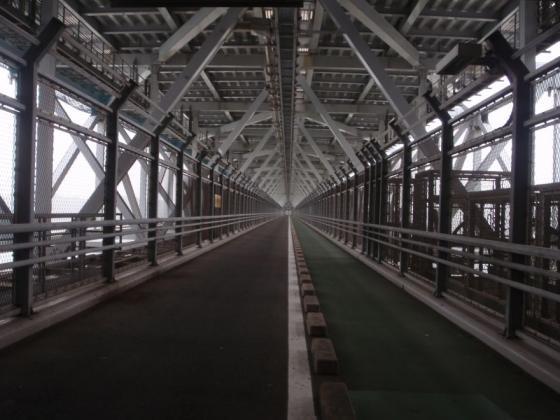 06 大橋の自転車道・歩道