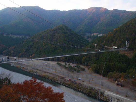 30 谷瀬の吊橋