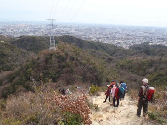 04 中山寺岩の下り道