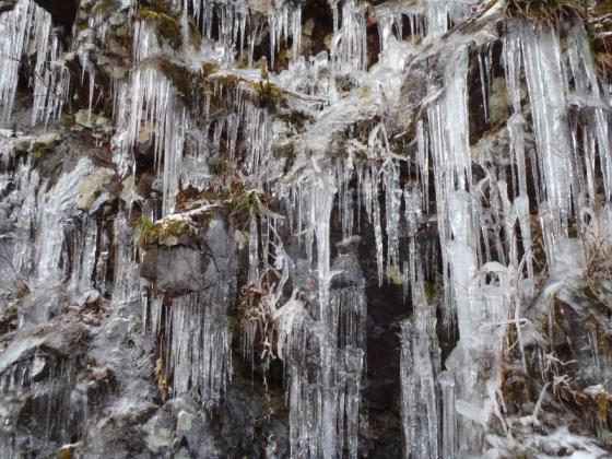 02 まるで氷瀑