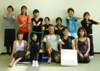 2010121ピラティスwithフレックスクッションHugoCodaro先生4