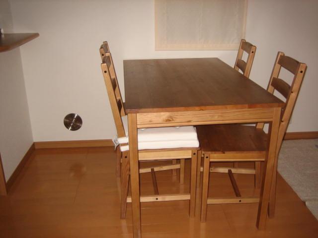 家庭のアイデア テーブルセット ikea : シンプルな生活をこころがけて