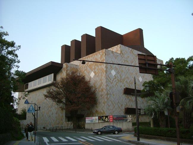 081207_熊本県立美術館分館2