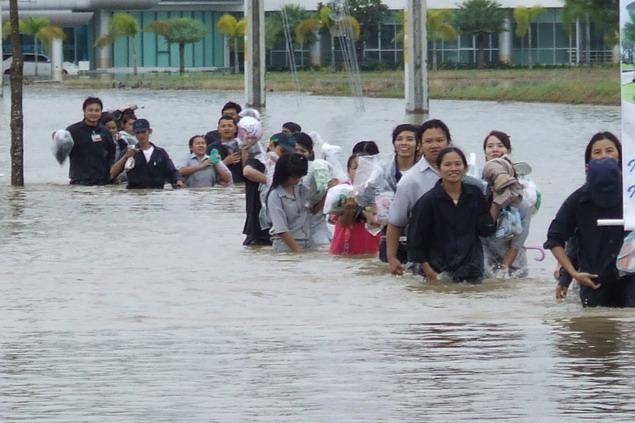 工業団地も洪水