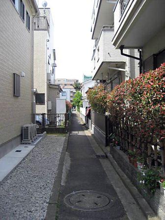 大倉山路地5