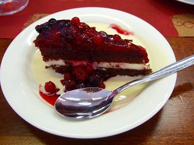 リンゴンベリーケーキ