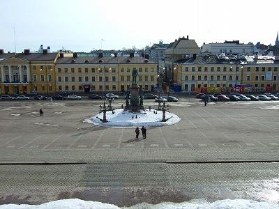 大聖堂前の広場