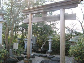 竜蛇神社、鳥居
