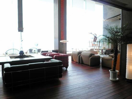 100909-hotel1.jpg