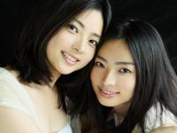 美人すぎる双子姉妹の画像