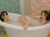 AKB48メンバーのランジェリー姿や入浴シーンも!? Newシングル「ヘビーローテーション」PV