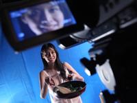 女性司会者がヌードで料理を作るクッキング番組が香港で始まるらしい
