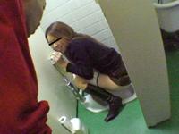 「騒ぎがあって駆け付けただけ」 小学校事務員の男が女子トイレに侵入して逮捕