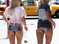 ニューヨーク最先端ファッションのホットパンツ?