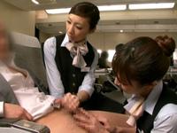 航空大手のライアンエアが機内で「ポルノ映画」の放映を検討、過去にはベッドを設置し女性の性的サービス案も