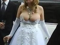 ロシアの爆乳新婦のウェディングドレスの画像が話題になってるらしい