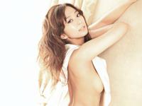 優香が女性誌「FRaU」の表紙で横チチ披露
