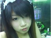 台湾の美少女ビンロウガール(檳榔西施妹妹)のセクシー自分撮り画像