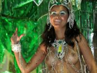 ブラジル・サンパウロでカーニバル2012開幕