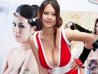 台湾のIカップ爆乳グラドルがサイン会に不知火舞のセクシーコスプレで登場