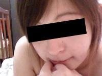 22歳で子持ちの美人若妻の自分撮り画像1400枚が流出?