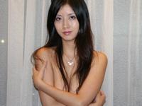 香港の美人コンテストにエントリーするも、ヌード写真が出回って出場を辞退した張淨思のヌード画像